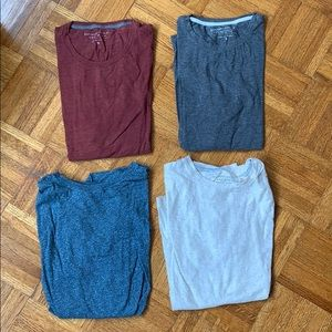 4 for $30! Lot of Banana Republic Soft Wash Tees